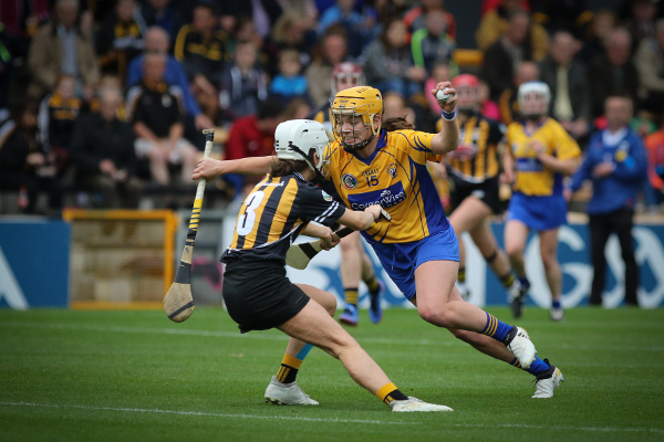 Clare Photographer Aidan Ryan Wins 2017 Camogie Association Media Award